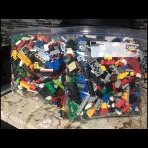 2 gallon bags of assorted Legos